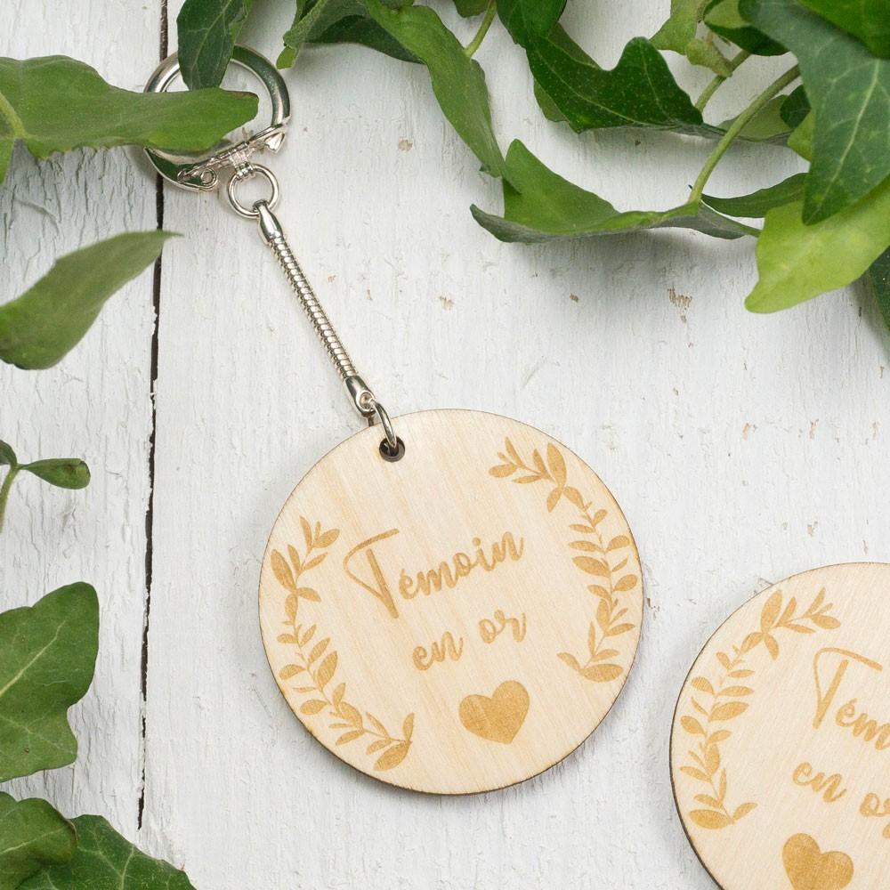Porte-clefs gravé témoin en or / à personnaliser