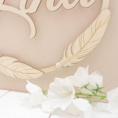 détail des plumes en bois