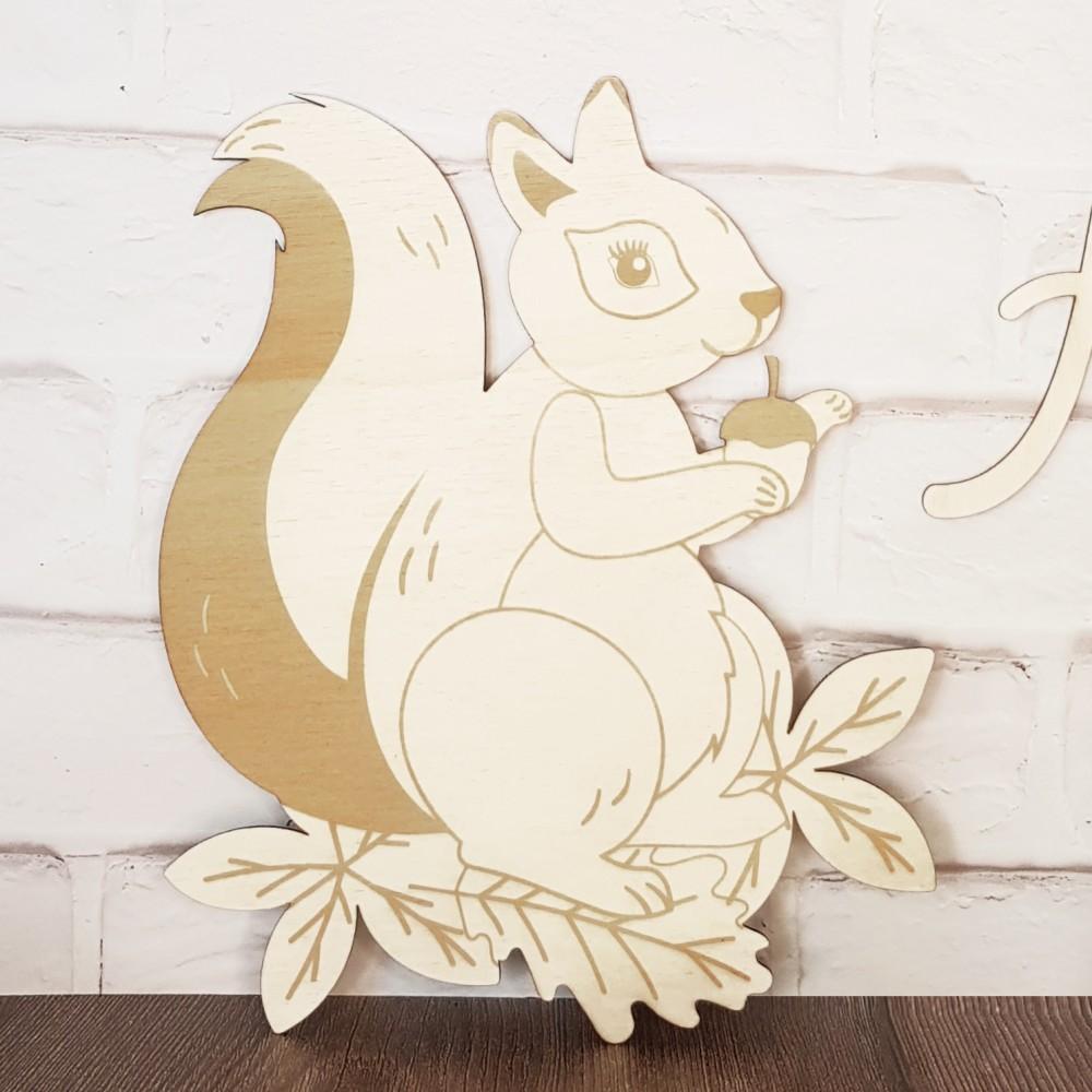 écureuil en bois