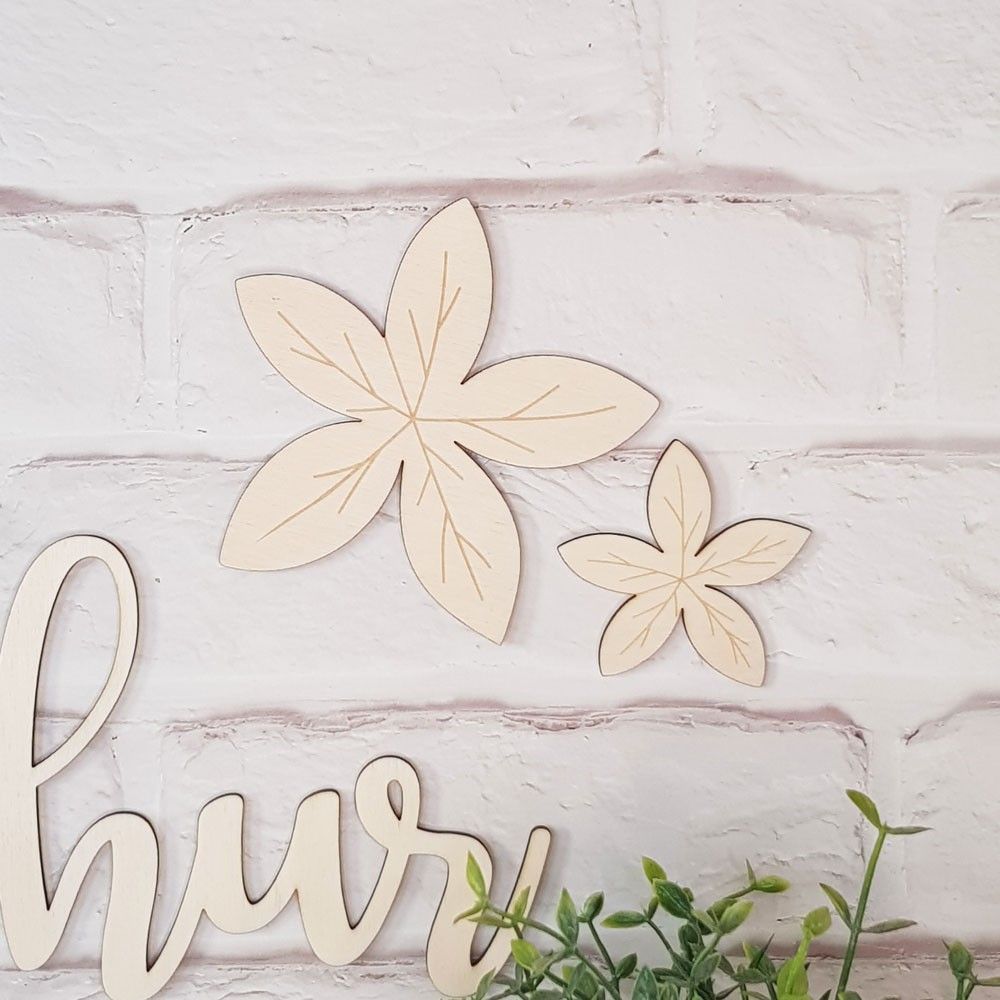 Duo de feuilles décoratives en bois