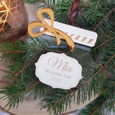 Le petit pot de Noël remplit d'amour à personnaliser