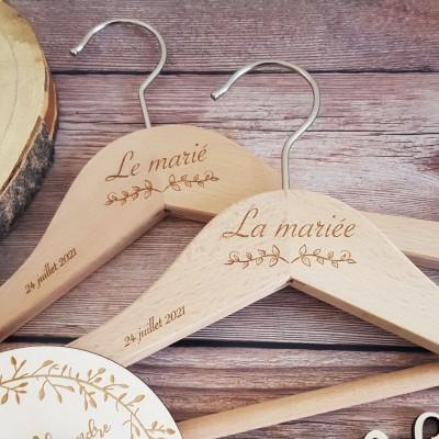 cintres à offrir aux mariés