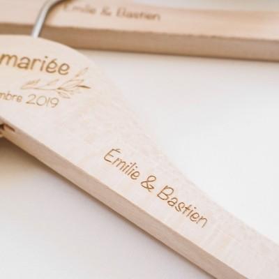 cintre avec prénom mariage